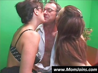 randy spears dips his dick in a mom with glasses