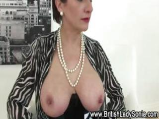 nylons cougar lady sandy inside hot lingerie