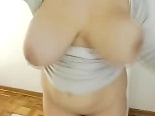 watch large tits of my woman dancing. stolen video