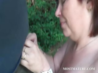 exposed mommy blows uneasy  pecker public