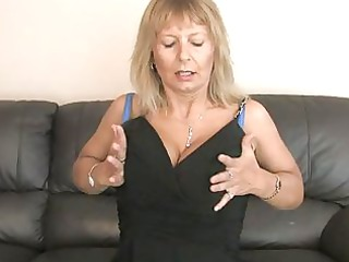 horny grownup fisting her hirsute kitty