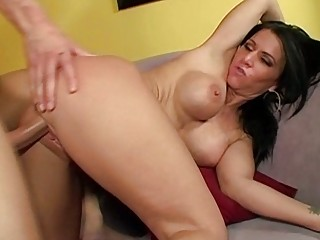 mature babe gives a sloppy rimjob