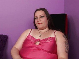 bleached plump momma with tattooes and piercings