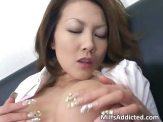 busty eastern  mature babe touches her juicy