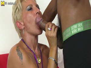 hawt clean mommy into an mixed group sex