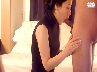 eastern  woman dick sucking and fuck part 1