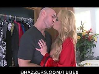 lone albino mature babe catches her peeping tom