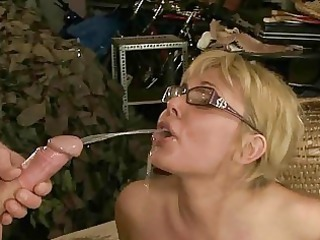 mature duo pissing and gangbanging