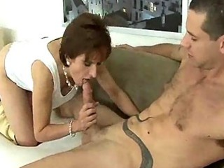 cougar attractiveness into high shoes gives her