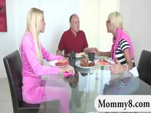 stepmom and young argued during dinner next