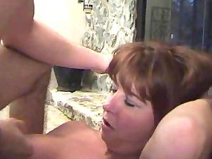 slutty ginger momma in ebony pantyhose gets