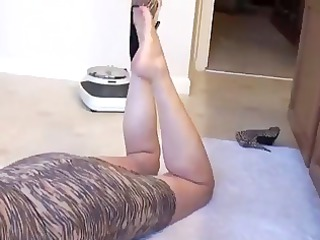 older  woman legs enjoy