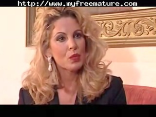 la moglie del dentista cougar mature fuck old