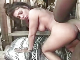 latin lady shagged inside a shack