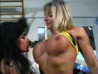 bodybuilding ladies own kitty friendly at the gym!